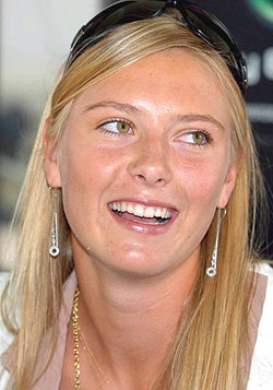 http://www.sharapova.ru/pictures/week/05-02.jpg